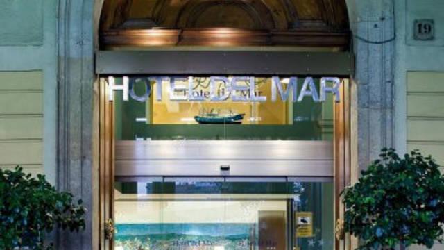Entree Hotel Del Mar