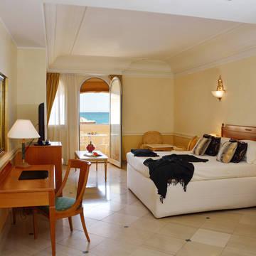 Voorbeeld Deluxe kamer Hellenia Yachting Hotel