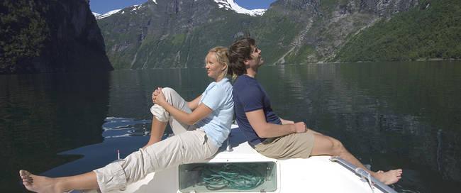 Bootje door Geirangerfjord