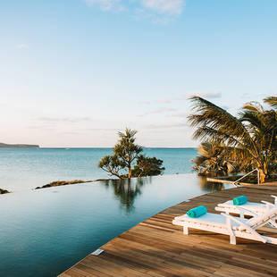 mauritius-paradise cove-infinity pool-01