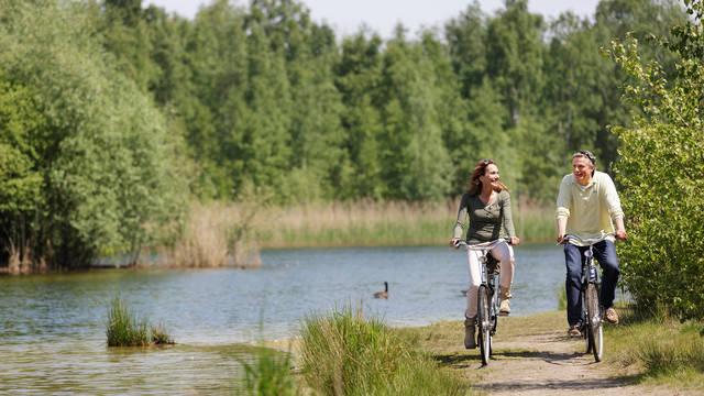 Fietsen Vakantiepark Center Parcs De Vossemeren