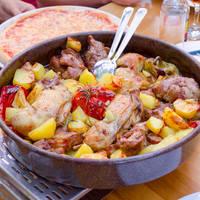 Traditioneel kroatische gerecht Plaka