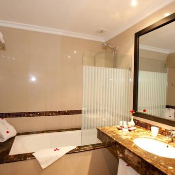 Badkamer Hotel Palm Plaza & Spa