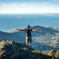 Panoramisch uitzicht over Kaapstad vanaf de Tafelberg