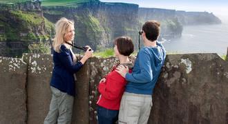 Cliffs of Moher met familie