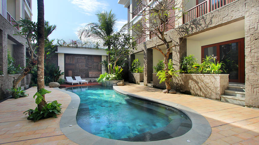 Zwembad Akana Boutique Hotel