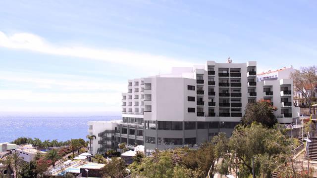 Overzicht Hotel Baia Azul
