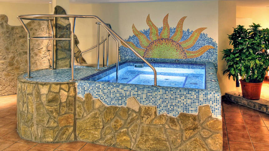Jacuzzi Hotel Mediterran