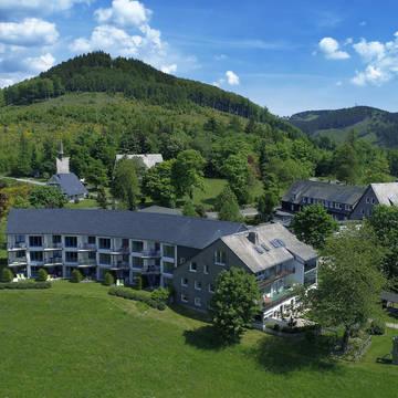 Buitenaanzicht Berghotel Hoher Knochen