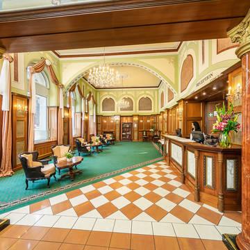 Lobby Hotel Bellevue