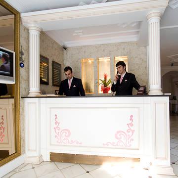 Receptie Hotel Avicenna