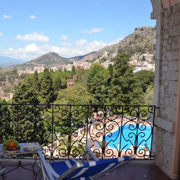 Uitzicht vanaf het balkon Taormina Park Hotel