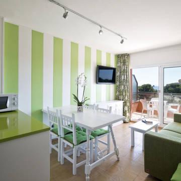 Voorbeeld woonkamer-4 Appartementen Salles Beach