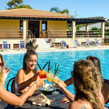 Zwembad Appartementen Hydria