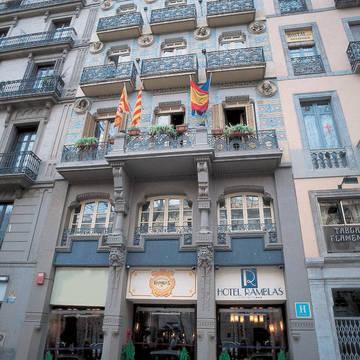 Voorzijde 2 Hotel Ramblas Barcelona