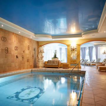 Zwembad  Appartementen Villa Katharina