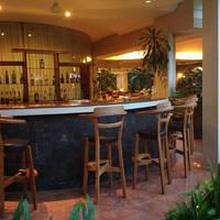 Binnen bar
