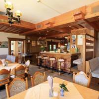 Restaurant met bar