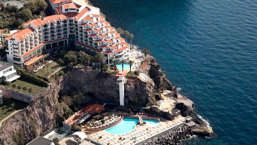 Overzicht The Cliff Bay Hotel