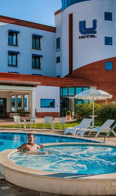 Lu Hotel