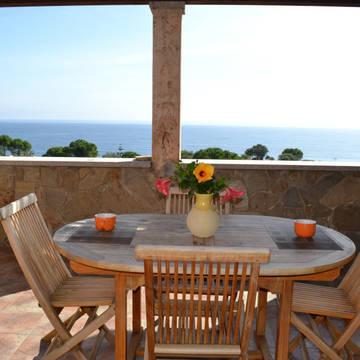 Voorbeeld terras 3-kamerappartement rijwoning Villaggio Porto Corallo