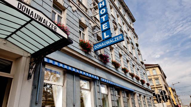 Exterieur Hotel Donauwalzer