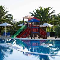 Roda Beach Resort & Spa - Zwembad