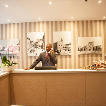 Receptie Hotel Re Enzo