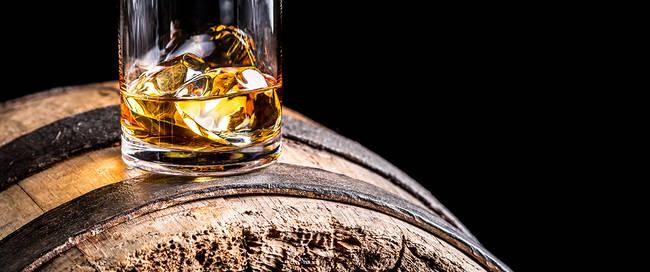 Whisky op een vat