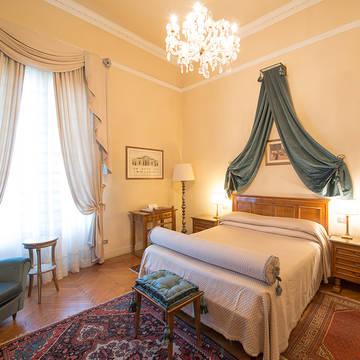 Voorbeeld kamer2 Grand Hotel & La Pace