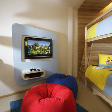 voorbeeld kids suite Holiday Inn Resort Phuket Mai Khao Beach