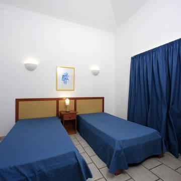 Voorbeeld slaapkamer-2 Appartementen Oura Atlantico