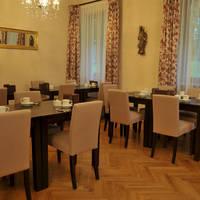 hotel-villa-toscana-fuessen-fruehstuecksraum