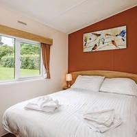 Voorbeeld slaapkamer met 2-persoonsbed