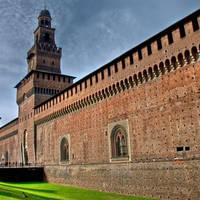 Castello Sforzesco op ca. 25 minuten met het openbaar vervoer