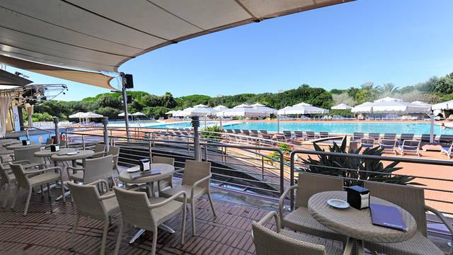 Zwembad 3 Villaggio Riva degli Etruschi