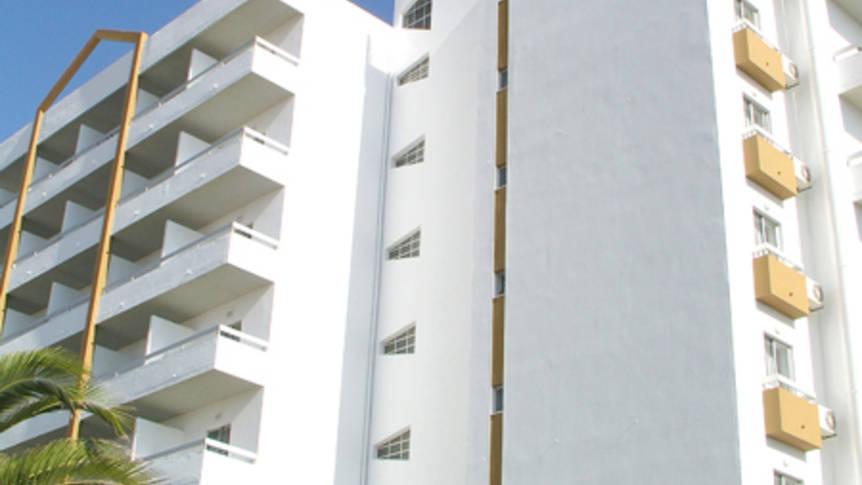 Exterieur Hotel Luar