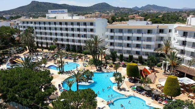 Zwembadzone Aparthotel Marins Playa