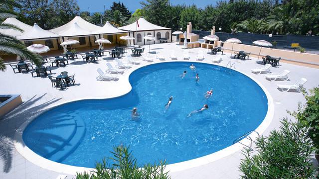 Zwembad2 Hotel Califfo