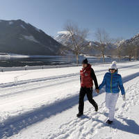 Wandelwegen in de sneeuw