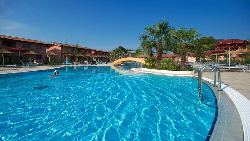 Zwembad Green Village Resort