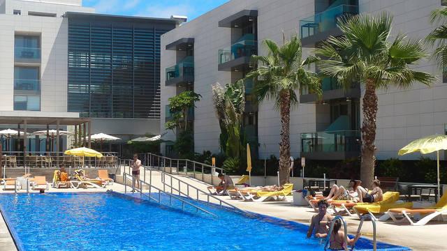 Zwembad Hotel Golden Residence