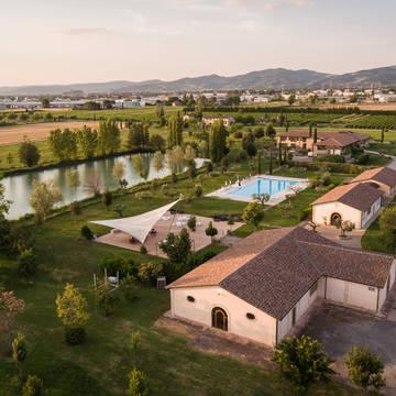 Bovenaanzicht appartementen Appartementen Valle di Assisi Resort