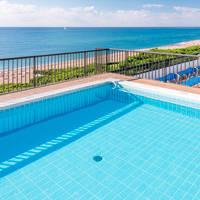Dakterras en zwembad