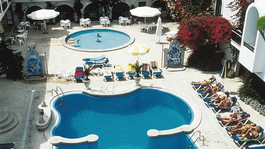 zwembad1 Hotel Suave Mar