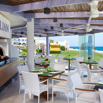 Restaurant Serita Beach Hotel