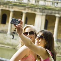 Twee meiden in Bath