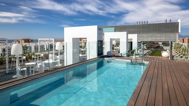 Zwembad Hotel Barceló Málaga