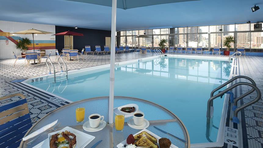 Zwembad Hotel Skyline