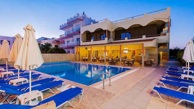 Zwembad Esmeralda Hotel